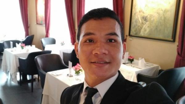 Ein ehemaliger PSE-Mitarbeiter jetzt Manager in einem Restaurant
