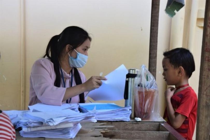 Distribution de devoirs à l'Ecole PSE, dans le strict respect des mesures sanitaires